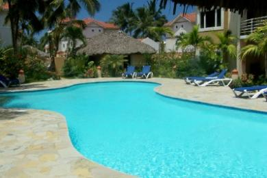 Louer This Beautiful 2 Bedroom Beach Condo