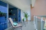 Zweiter Stock moderne 3-Zimmer-Wohnung ......