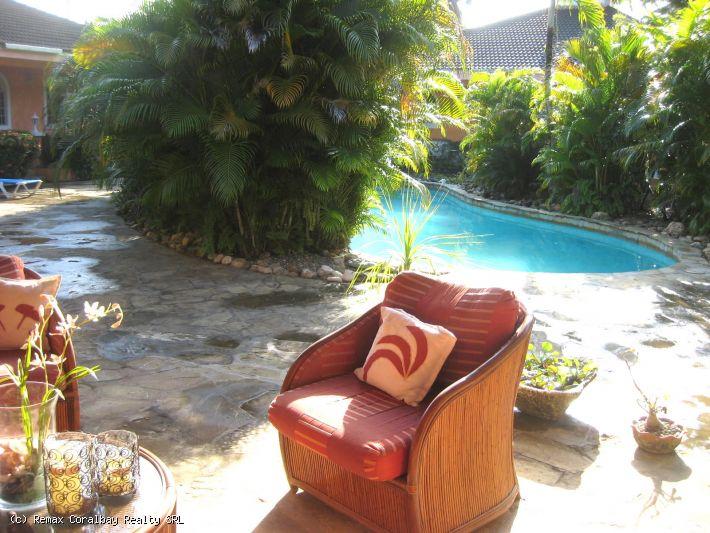 Best Villa Deal --- zu Fuß zum tollen Strand!