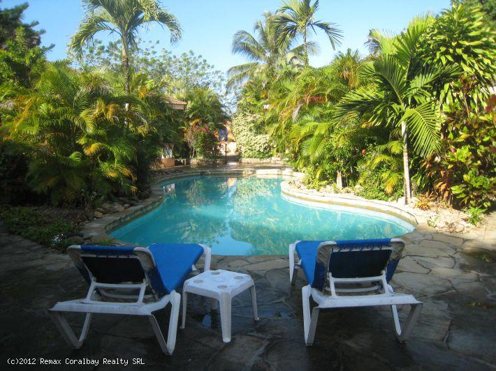 3 Villas, zu Fuß zum Strand! Perfekte Mini Resort, Rückzug, B & B