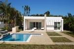 Мечта современный дом рядом с океаном