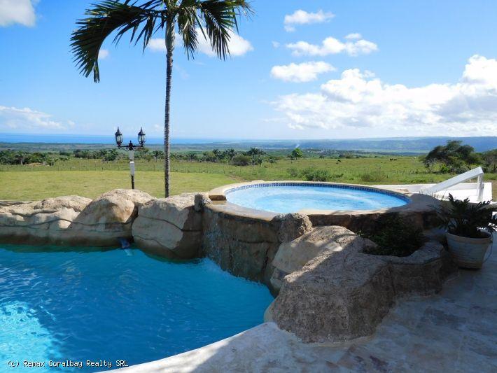 Grande villa avec vue panoramique !!!