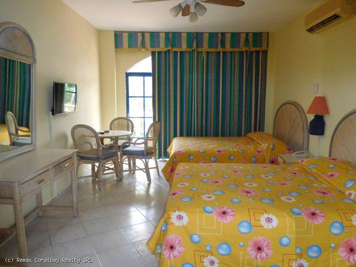 hotel del centro de Cabarete con habitaciones 71