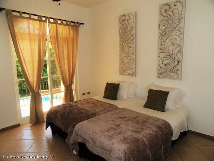 Villa dormitorio 4 impresionante