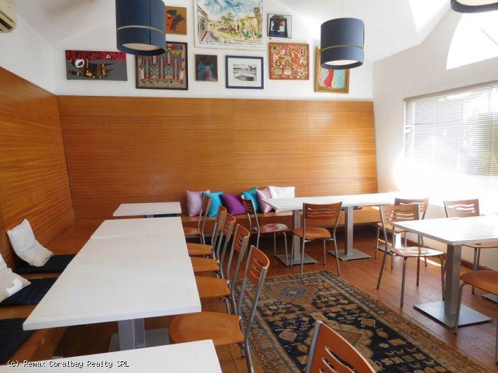 Restaurant / Bistro / Café à côté de KITE BEACH!