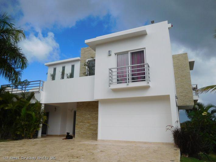 Magnífica villa con vistas al mar increíbles!