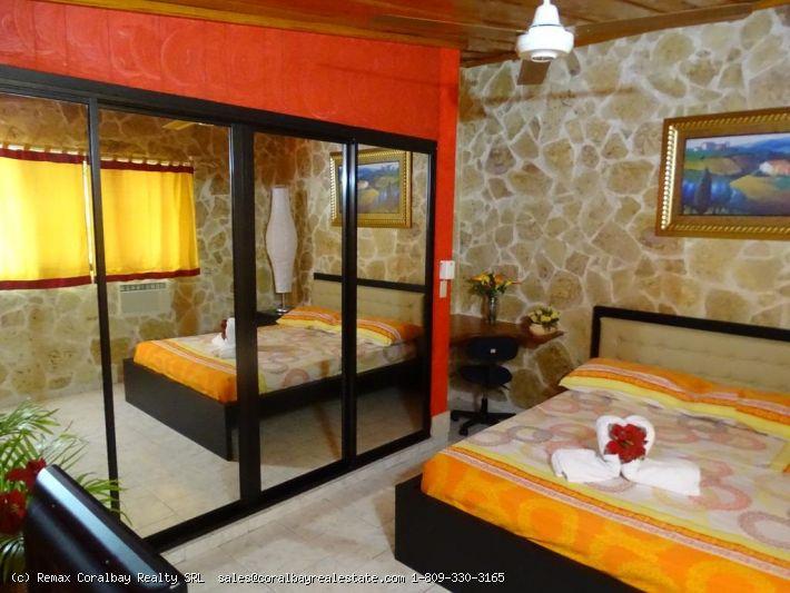 Kleines Hotel oder B & B in Strandnähe ...