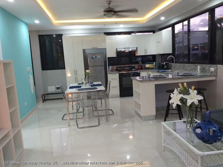 Двухкомнатная квартира в центре Кабарете ...